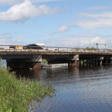 Ремонт ЖБИ моста через реку Угла
